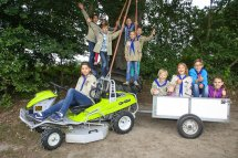 Scout kids in Kempen, Germany with the Grillo Climber S7